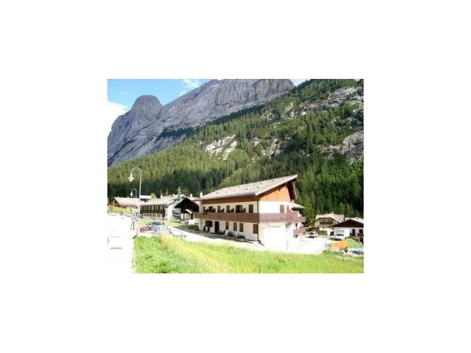 Penia Di Canazei-Val Di Fassa