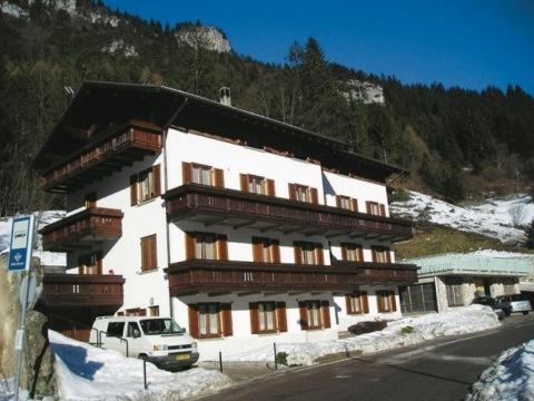 Apartmánový dům Casa Pineta