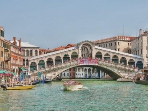 Benátky-letecký víkend