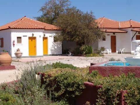 Apartmány a studia Anaxos Hill
