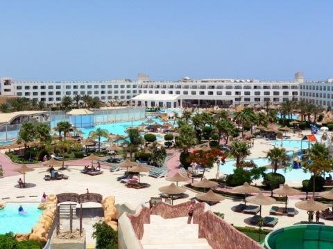 Prima Sol Titanic Resort