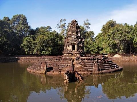Ze Saigonu deltou Mekongu do Kambodže