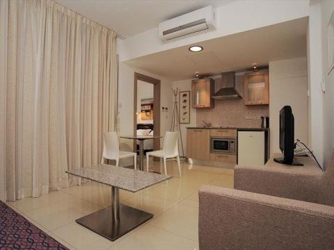 Frixos Suites Hotels