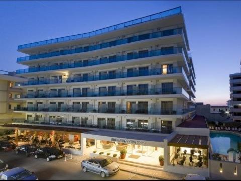 Manoussos Hotel