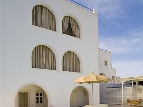 Anemos Beach Lounge and Meduse hotel