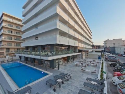 Alexia Premier City Hotel