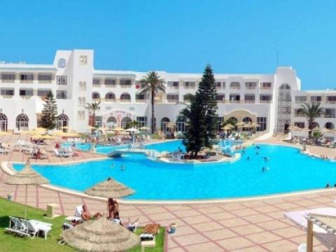 Ramada Liberty Resort