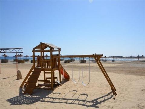 Three Corners Equinoix Beach