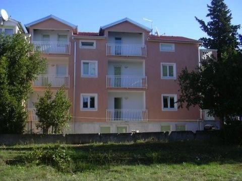 Biograd na Moru - Čančar apartmány (s polopenzí)