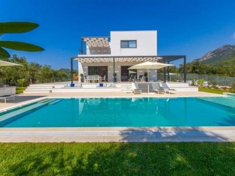 Al Myra Villas