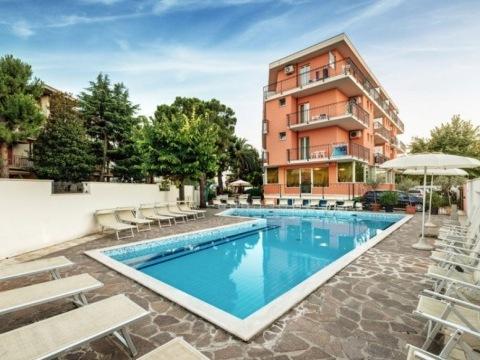 Hotel Fenix - San Benedetto Del Tronto