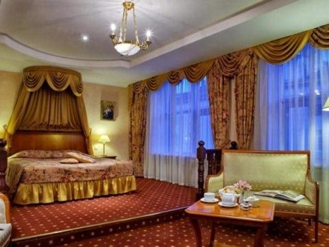 Grand Hotel Emerald