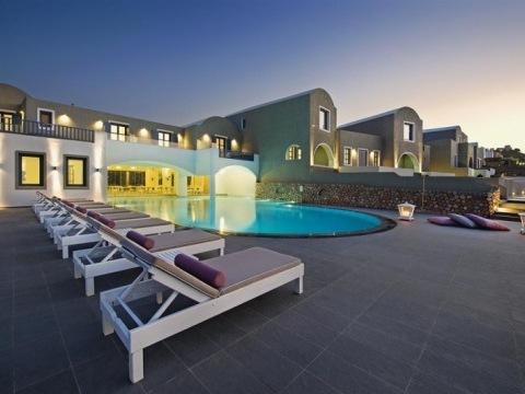 Acroterra Rosa-Luxury Suites