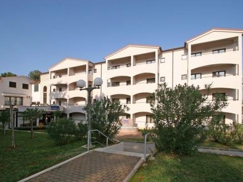 Hotel Flores (bývalý Hostin)