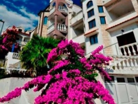 Okrug Gornji - Kartelo vila - apartmány v soukromí