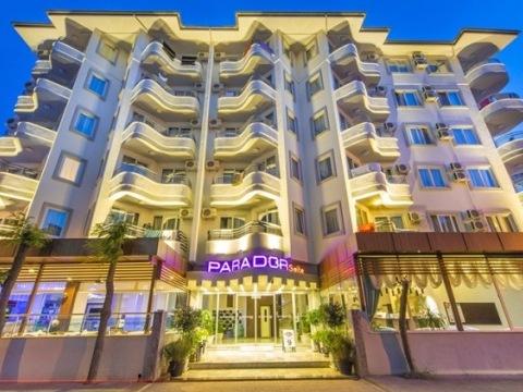 Parador Suite Hotel