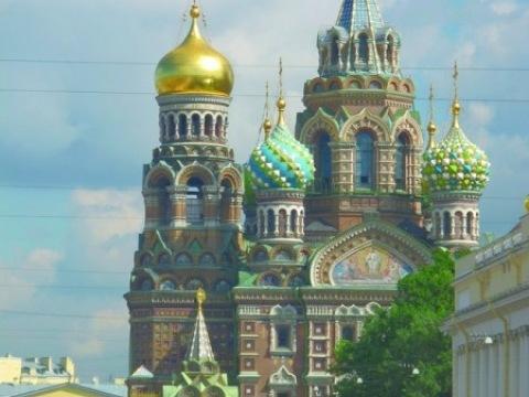 Moskva a Petrohrad - letecky a vlakem