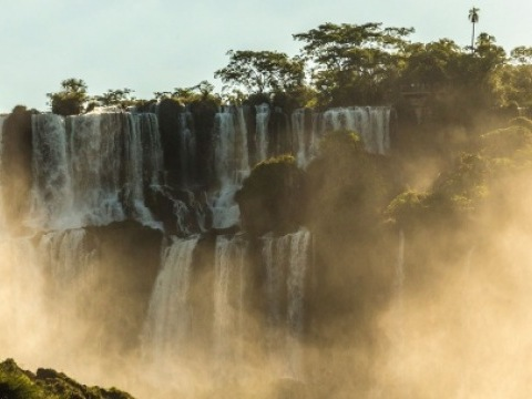 Nespoutaná příroda - Manaus, Iguaçu