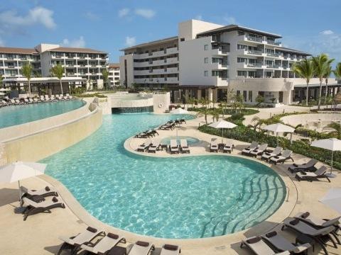 Dreams Playa Mujeres Golf Resort & Spa