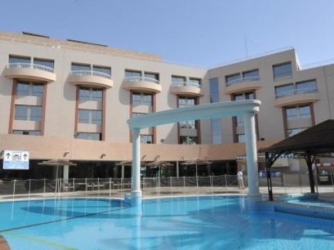 Be Club Hotel