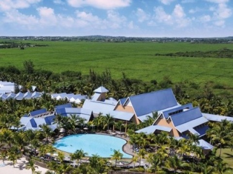 Victoria Beachcomber Resort And Spa