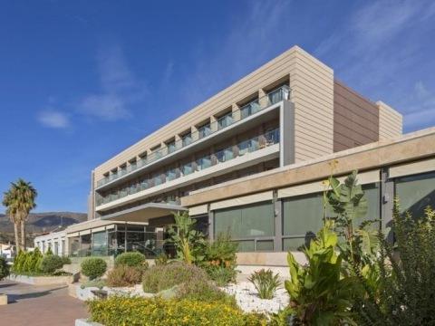 I-resort Beach Hotel & Spa (EX. Aktia Lounge)