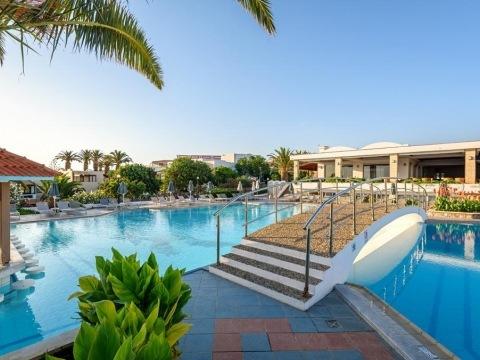 Annabella Beach Resort