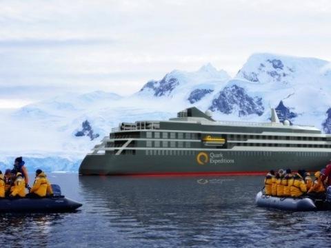 Express na Antarktidu: Za jižní polární kruh na lodi World Explorer