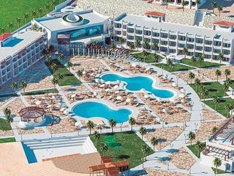 Jaz Mares Beach