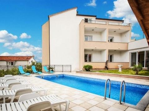 Pension Villa Jelavić s bazénem